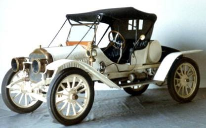Steam powered automobile from 1911